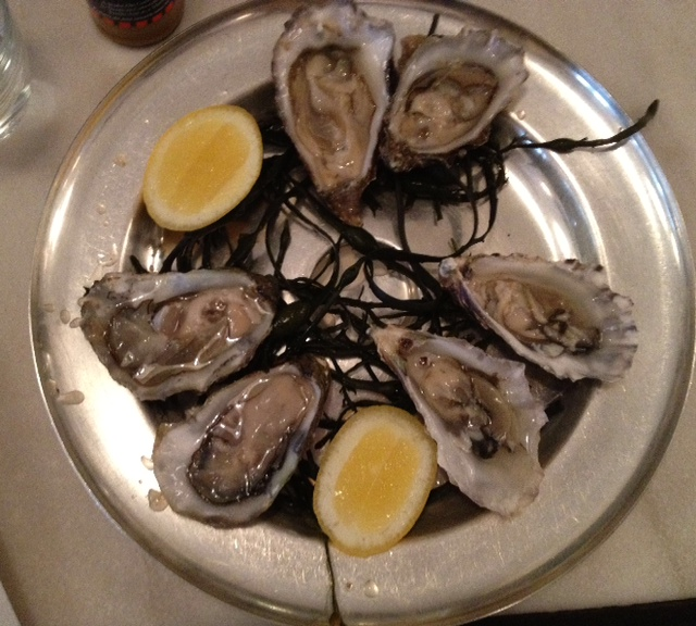 where to go to learn how to shuck oysters