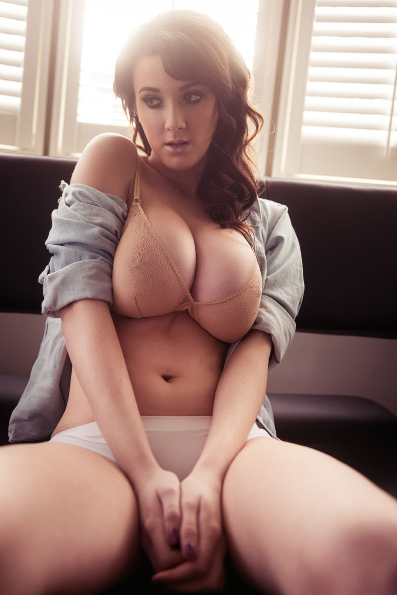 joey fisher naked