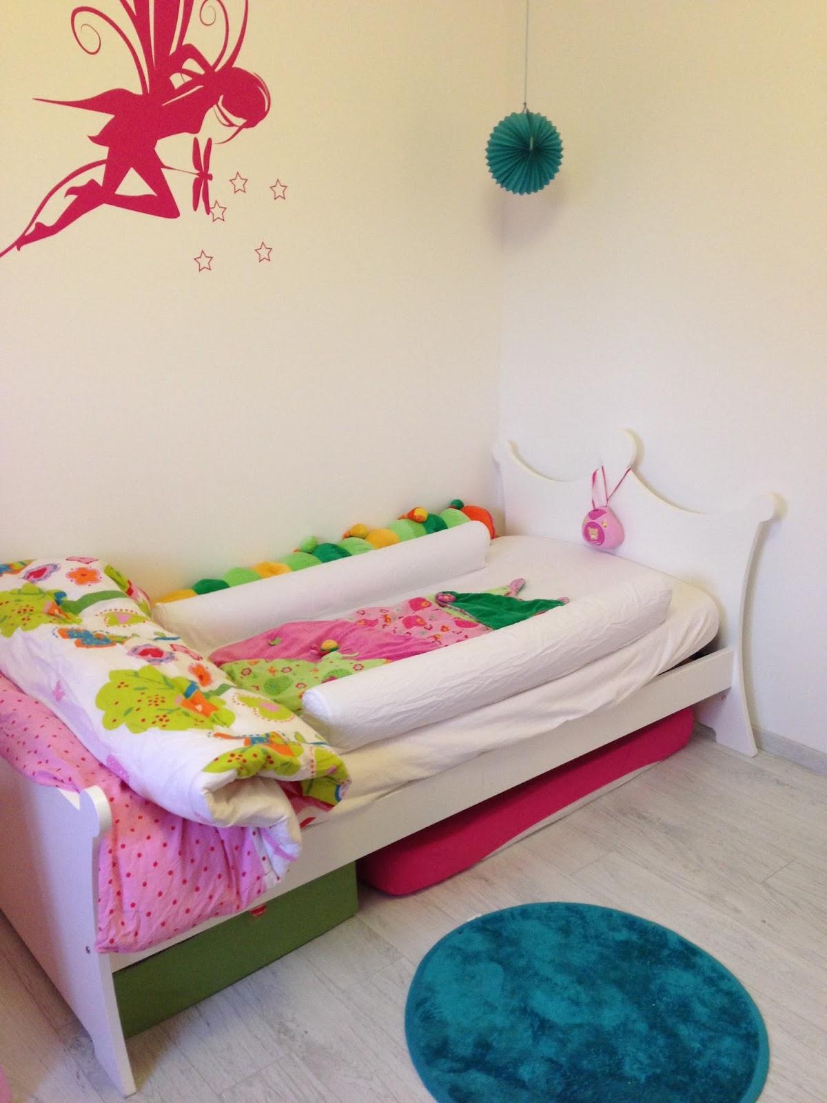 l 39 or y compagnie un grand lit pour mon b b. Black Bedroom Furniture Sets. Home Design Ideas