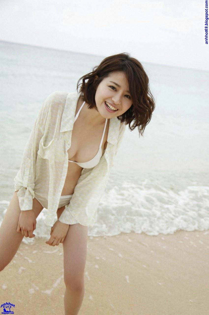 chinami-suzuki-01205327