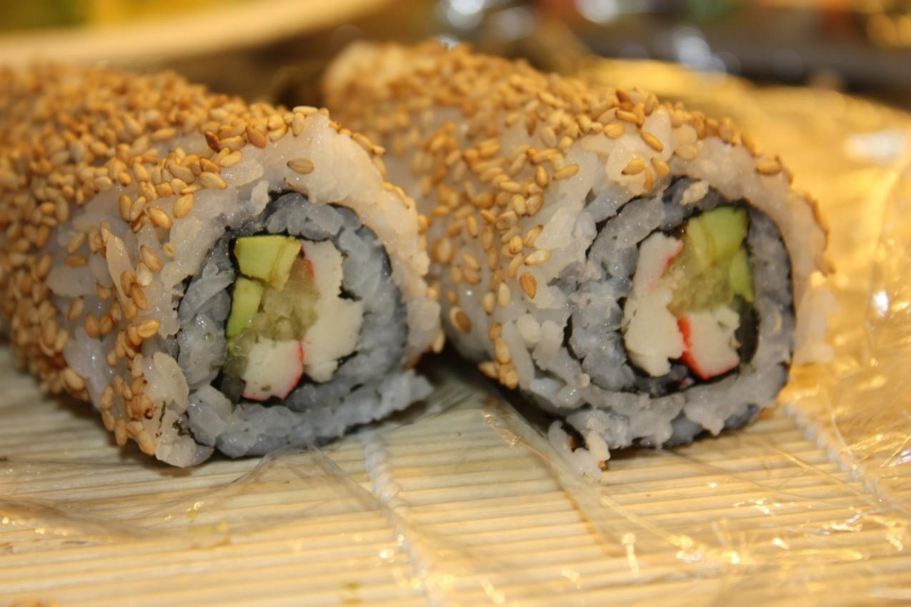 pass the peas, please: california sushi rolls