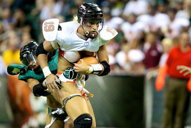 Historic kickoff of lingerie football league in canada tampa breeze s