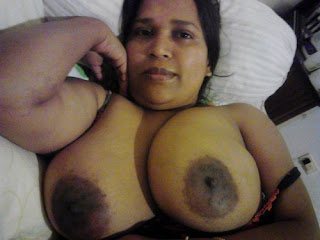 tamil biggest breasts hottie and mature housewife porn gallery