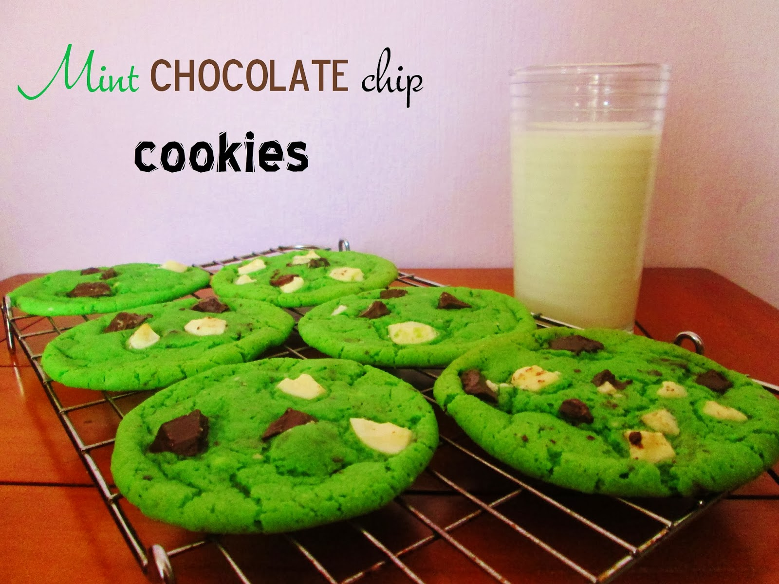 http://themessykitchenuk.blogspot.co.uk/2013/10/mint-chocolate-chip-cookies.html