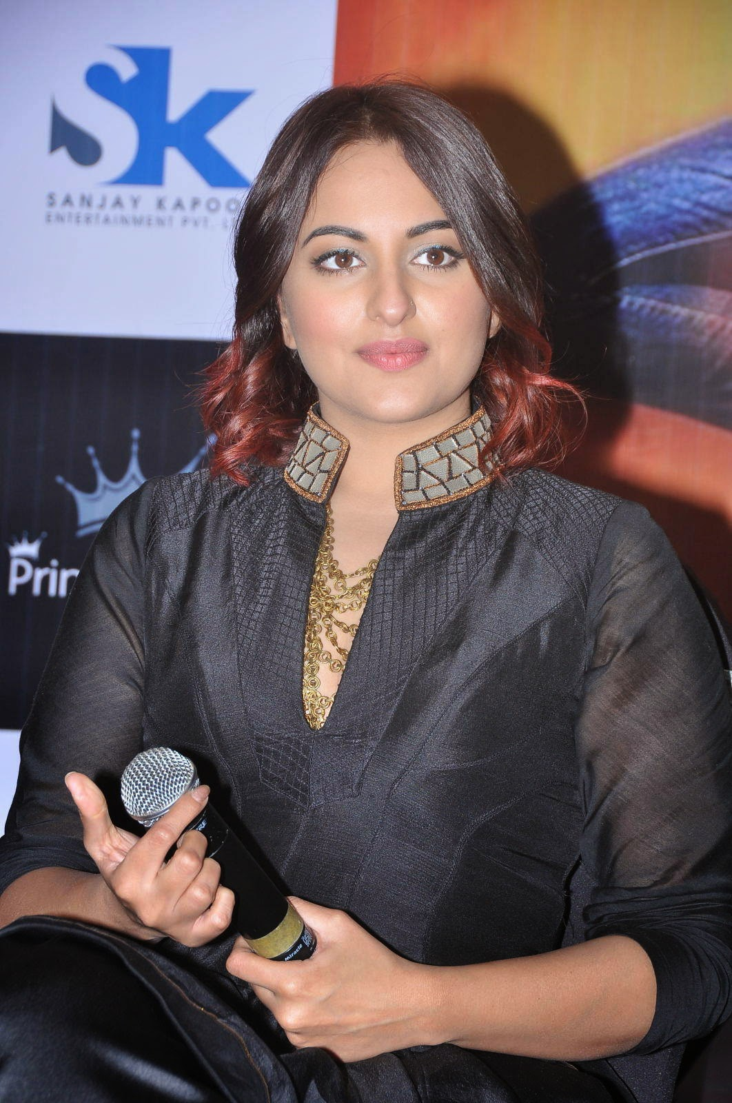 sonakshi sinha tevar wallpapers - Tevar Movie HD Wallpapers Posters and Images