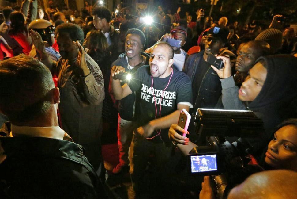 un policier tire sur un noir 2015