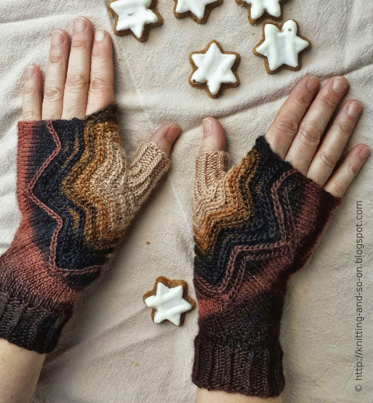 Knitting Stitches K1tbl : Knitting and so on: Zimtstern Mitts