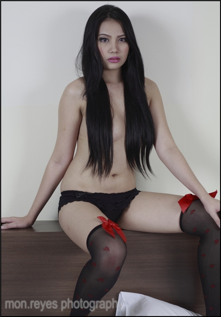 barbie san miguel hot and sexy topless photos 01