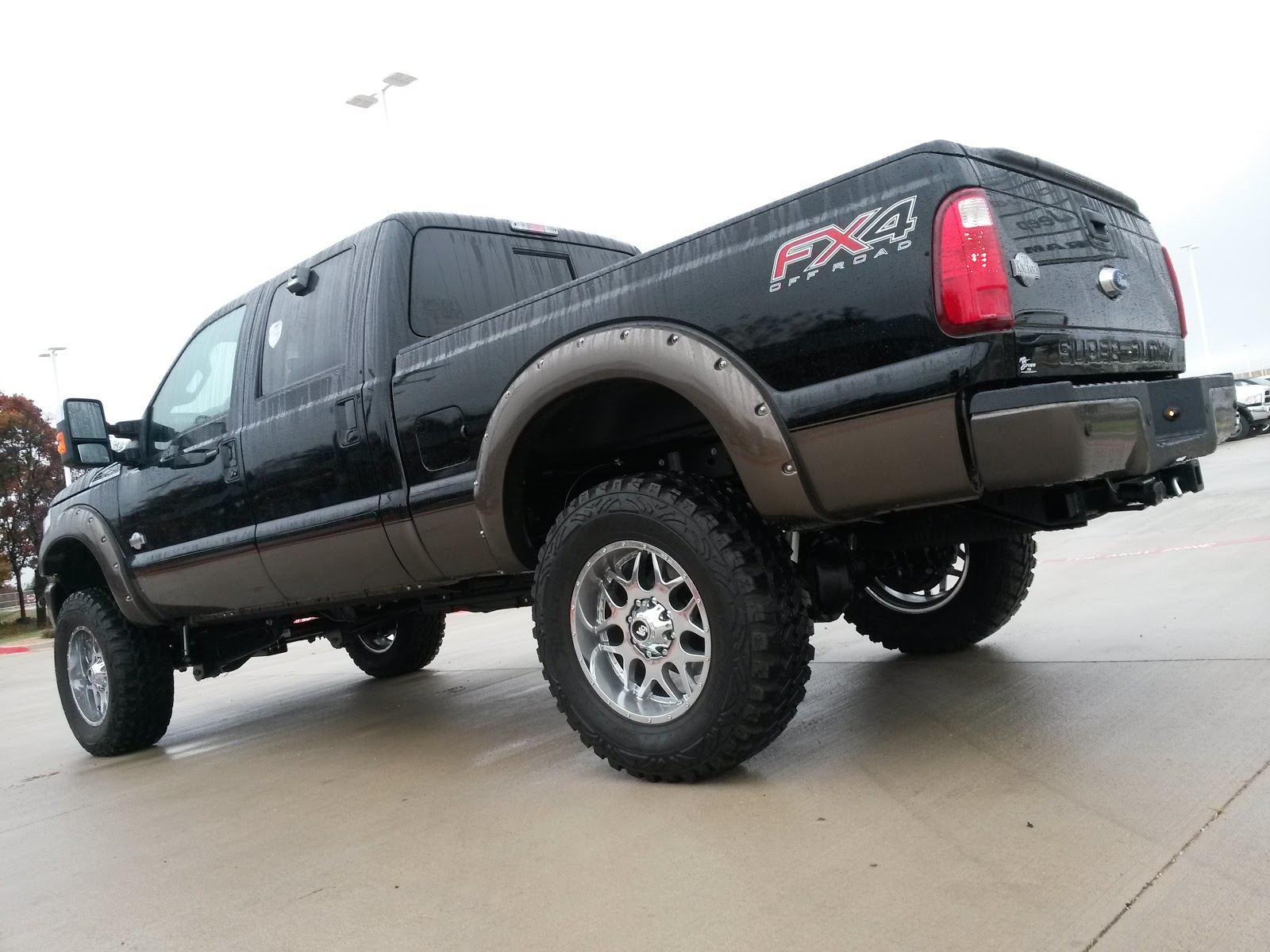 Video first all new tricked out lifted 2016 ford f250 king ranch fx4 off road truck