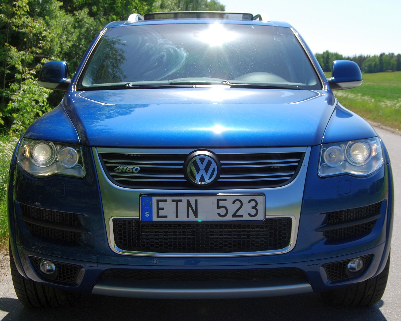 http://1.bp.blogspot.com/-aRM_XnVhasI/TasMhcLvTPI/AAAAAAAAAUc/vHG-UCqdRfM/s1600/Volkswagen+Touareg.jpg
