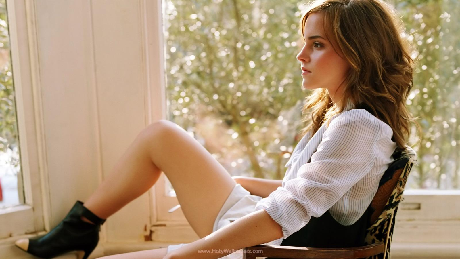 hollywood wide screen hot wallpapers