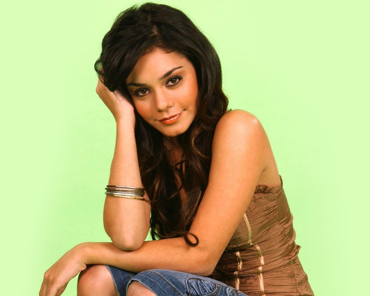 vanessa hudgens hot hd - photo #17