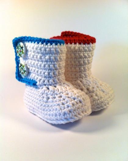 schiller\'s platzli: Häkelstiefelchen / booties für das Baby
