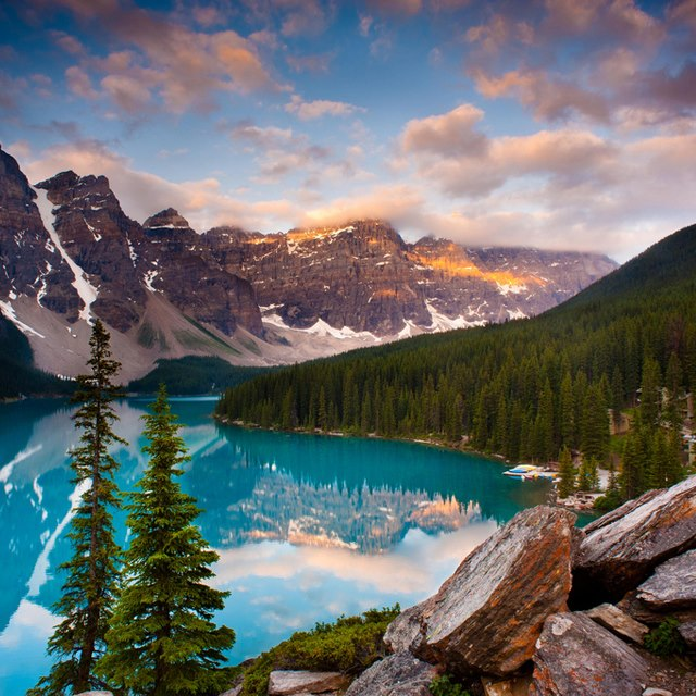 Moraine lake banff national park canada on presenting the wonder