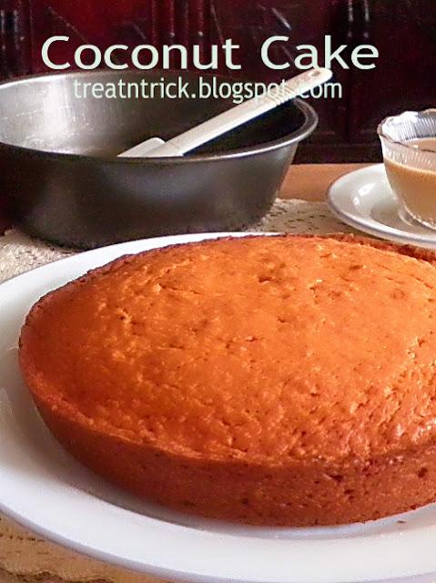 Coconut Cake Recipe @ http://treatntrick.blogspot.com