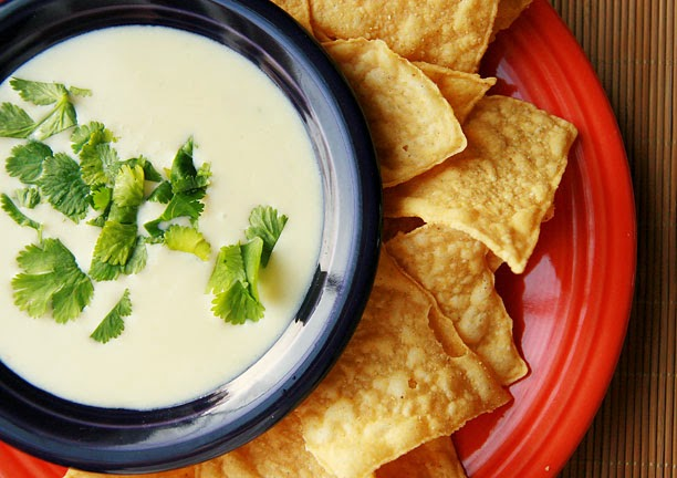 Mexican White Cheese Dip (Queso)