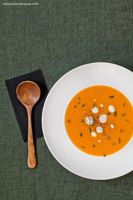 crema di carote all'erba cipollina