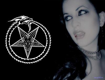 http://1.bp.blogspot.com/-aRueb60O2mA/TjA3ee5MEUI/AAAAAAAAAI8/0oqrTSC-lIk/s1600/Vampire-Gothic-Wallpapers-3.JPG