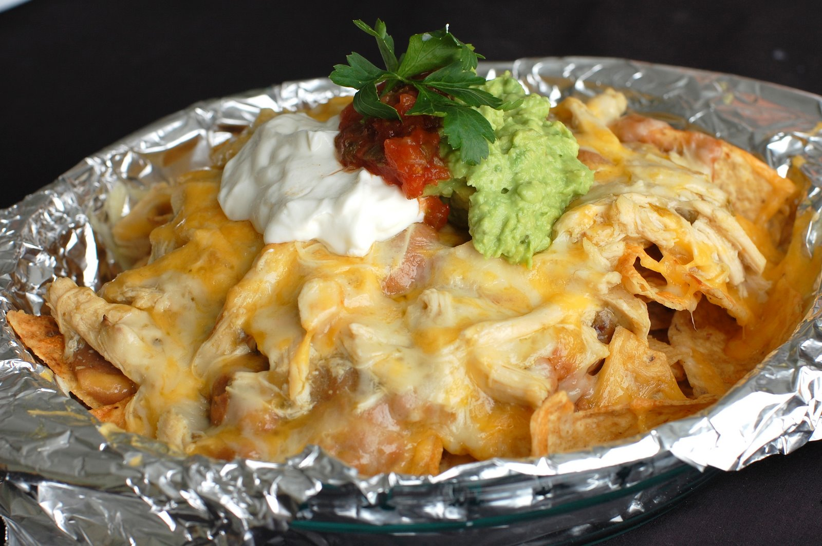 Barefoot and Baking: Restaurant Style Chicken Nachos