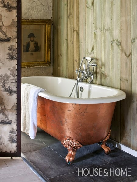 U201cGet The Look Of A Copper Bathtub For Less. Instead Of Purchasing A Copper  Bathtub, Paint Expert Annie Sloan Covered The Outside Of Her Enamel  Roll Top Bath ...
