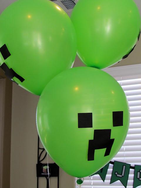 Minecraft Creeper Ballons