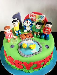 Kue Ulang Tahun Doraemon dan Teman-Teman