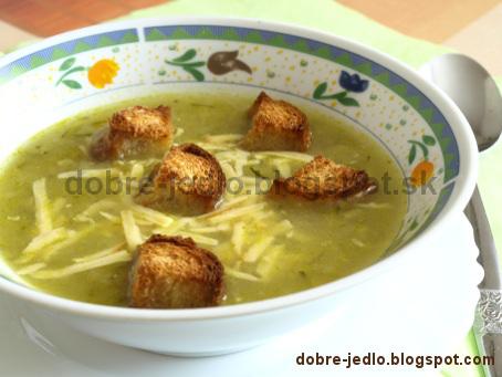 Cuketová polievka so syrom - recepty