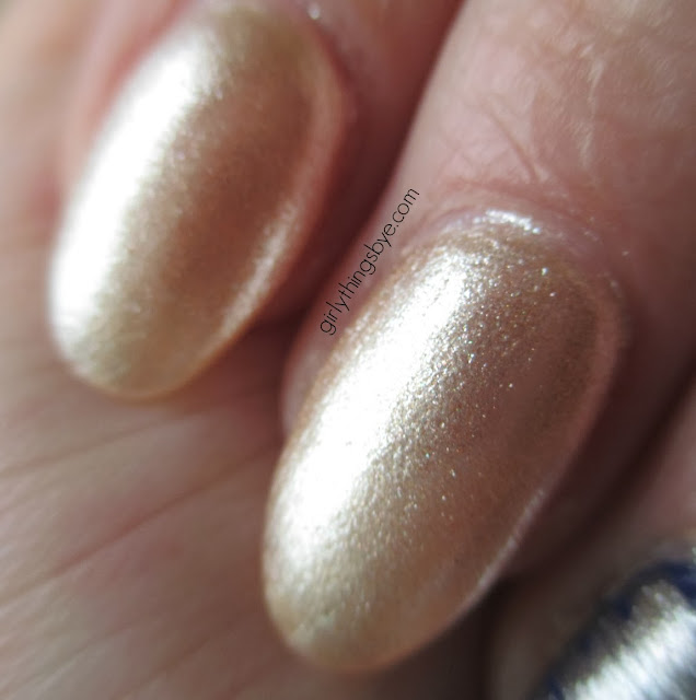 OPI Up Front & Personal close up swatch, @girlythingsby_e