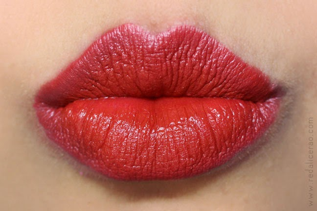 Elianto, ELIANTO Satin Ultimate Rouge Lipstick, makeup in Malaysia, Malaysia, Lipstick, Red Lipstick, Pakistani Beauty blog, Fashion and beauty blog, redalicerao, red alice rao, Beauty, Makeup, Red lipstick, Orange lipstick, peach lipstick