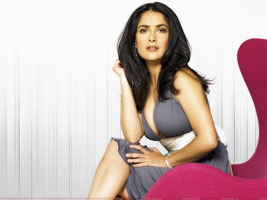 salma_hayek_sitting_hd_Fun_Hungama