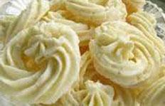 Resep praktis (mudah) kue bangkit susu spesial enak, renyah (crispy), lezat