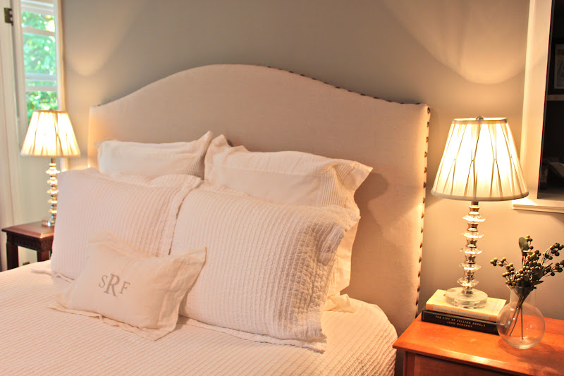 Diy drop cloth nailhead trim upholstered headboard for Do it yourself headboards with fabric