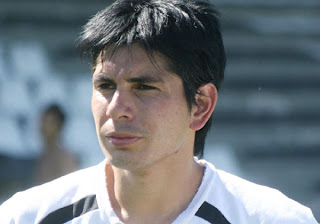 Primera parte del homenaje al ascenso al Argentino A, con reportaje al capitán de la vuelta olímpica