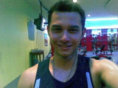 Indonesia Model: Rory Asyari : News Presenter Metro TV