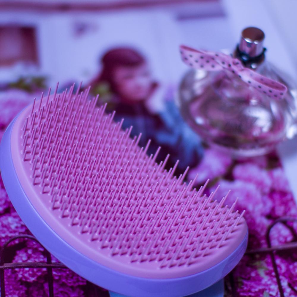 Tangle Teezer szczotka recenzja na blogu modowym. Różowo-fioletowa.