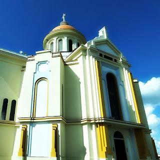 Santuário do Caravaggio, em Farroupilha. Lateral do templo e cúpula.