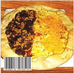 Pizza italiana mista com cogumelos e queijos