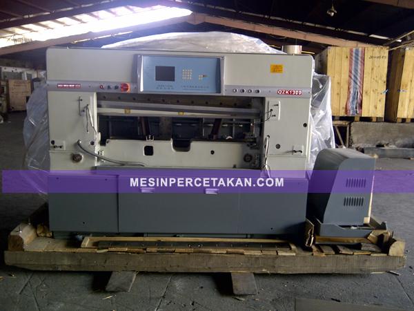 Mesin Potong Kertas QZX 920 | 1150 | 1300 - Otomatis Hidrolik