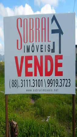 VENDE-SE TERRENO.
