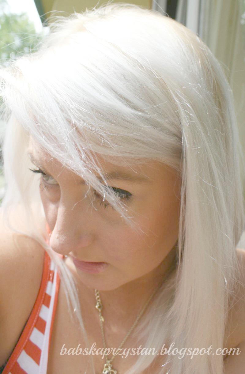 Крем-краска мажиблонд 901s от loreal professionnel придает волосам больше мягкости и блеска