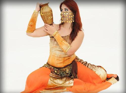 Dança Folclórica Árabe - Dança com Jarro
