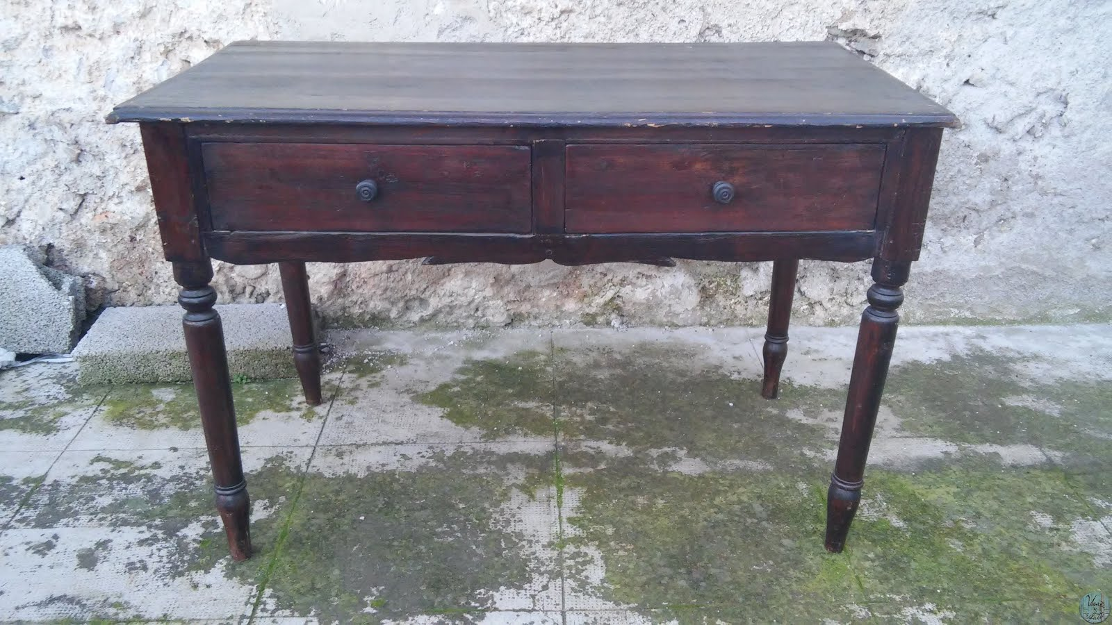 Da vecchia scrivania a nuovo tavolo vintage usati e rifatti for Tavolo scrivania