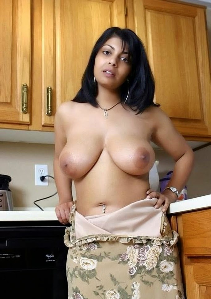 big tits woman arabic