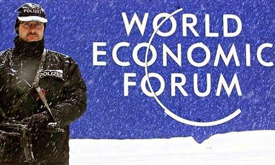 No Fórum de Davos, Elite Global flexiona abertamente a agenda da Nova Ordem Mundial; Transhumanismo, Governança Mundial, Despopulação e muito mais