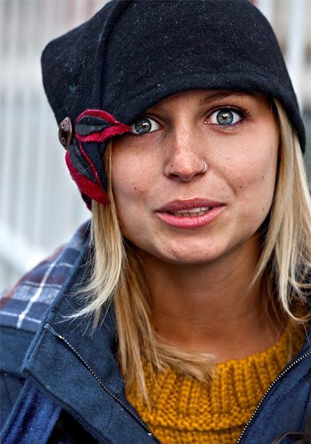 Портрет девушки с рынка