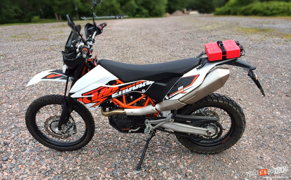 FuelFriend tanks on KTM 690 Enduro R