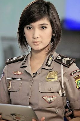 Foto Polwan Cantik Indonesia (Eka Frestya)