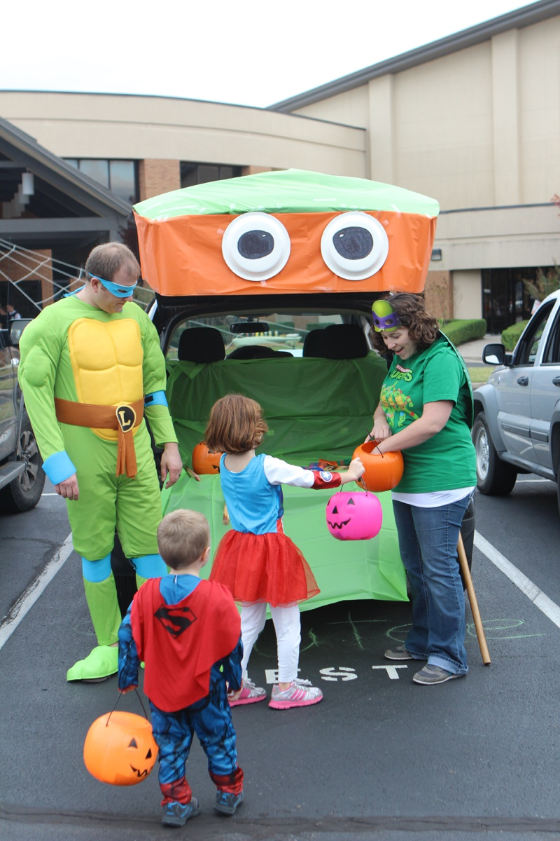 Trunk or Treat Idea Ninja Turtles