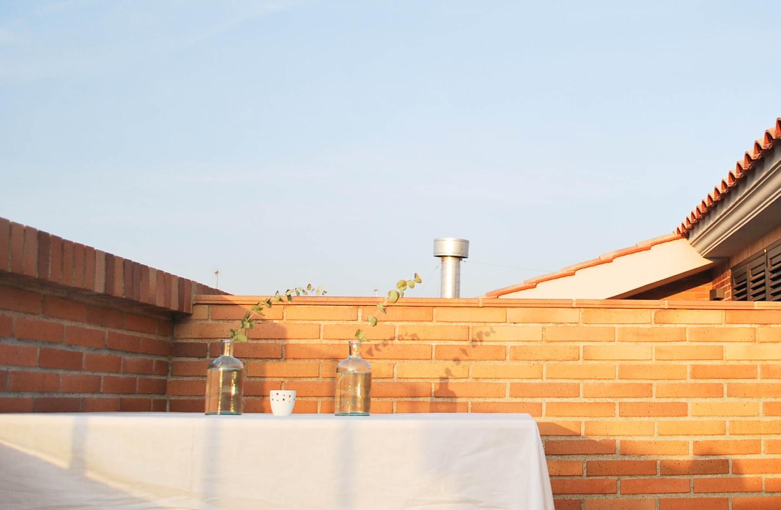 http://www.hommum.com/2014/06/my-home-la-terraza-de-mis-suenos-ii.html #outdoors #decoraciónterraza #scandinavianstyle