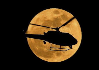 helicoptero en la superluna
